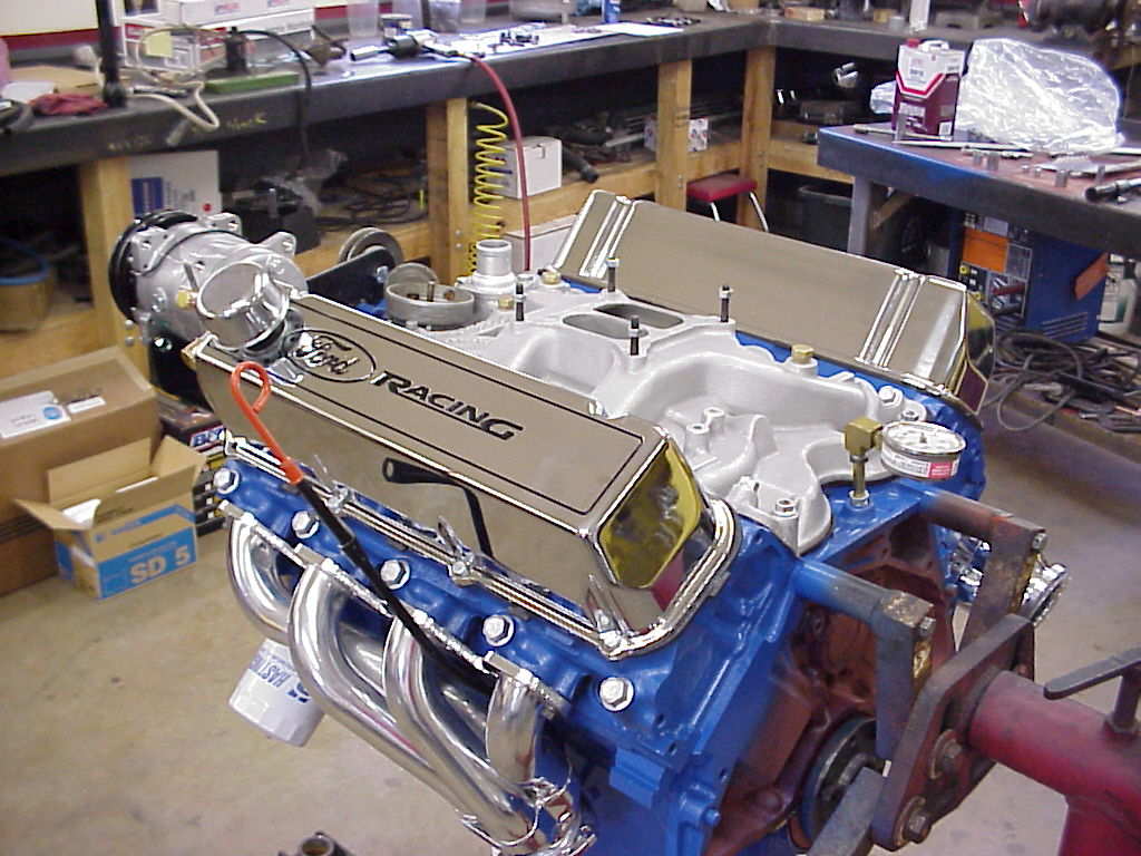 This 460 lincoln motor uses eagle rods 9 0 to 1 trw hypereutectic pistons and a steel crankshaft